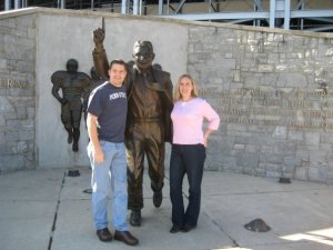 Paterno statue Ron Stace